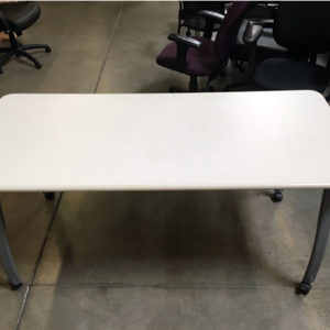 Training table height adjustable with casters surface view
