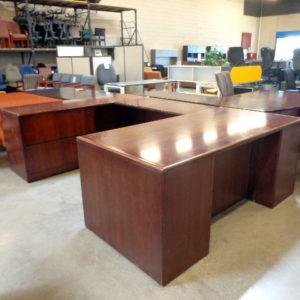 hon-veneer-u-shape-desk-side-view