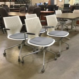 Used knoll chair