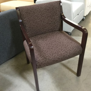 Paoli wood guest chair