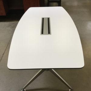 6' boatshape table