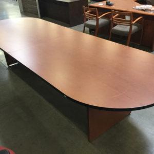Hon 12' table