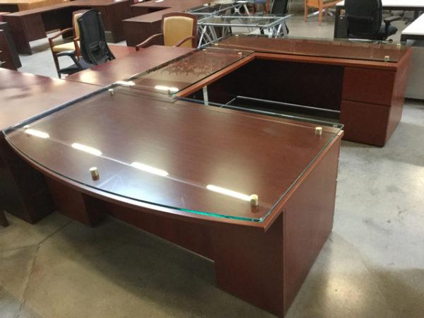 Knoll u shape desk